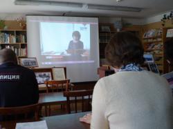 Демонстрация документального фильма с участием архивистов