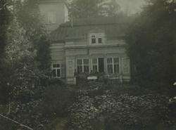 Штаб дивизии в поместье Майоренгоф близ г. Риги